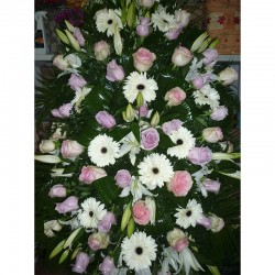 Centro de colgar flores varias